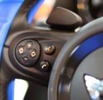 本日はR55 クーパーS 後付 スポーツボタン と マルチファンクション (^O^)