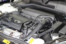 本日はR61 ペースマン クーパーS GIOMIC エアクリーナー シート 取り付け(^^)